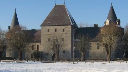kasteel van solre sur sambre,kasteel de merode,belgie kasteel,kastelen van henegouwen,prinsen de merode,prinsesteen,amaury de merode,middeleeuwse burcht van solre sur sambre,militaire architectuur,henegouwen,aurele de merode,nathalie de merode,nathalie gillion crowet,arenberg,croy,de mortagne,carondelet,de wignacourt,potelle,kastelen van bergen,kastelen van binche,kastelen van beaumont,erquelinnes,meteo solre sur sambre,merbes le chateau,kastelen van belgie,stenen van belgie,militaire kasteel,medievale kasteel,solre-sur-sambre,middeleuwse militairearchitecture van belgie,geschiedenis van de middeleeuwse burchten